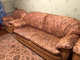 Продам комплект раскладной диван с креслами