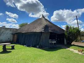 Farm PROPERTY for sale ideally situated on the busy Hout kop road, ver
