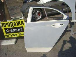 Дверь левая задняя Honda Accord 2008, белый цвет