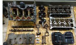 Двигатель в разборе Мазда 3 1,6 блок/крышка клапанов/поддон/коленвал.