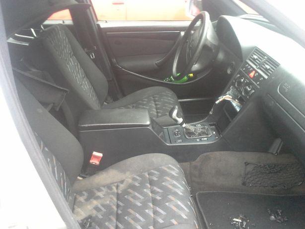 mercedes w202 fotele kanapa boczki c-klasa komplet eur. duzo czesci Janików-Folwark - image 2