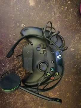 Xbox controller plus chat headsets