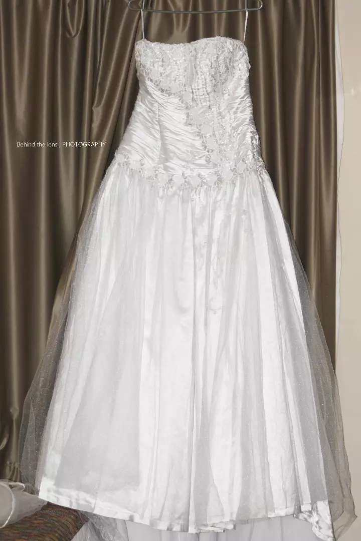 Wedding dress fore sale 0