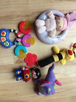 Zestaw gryzaki, grzechotki, zabawki interaktywne dla dziecka