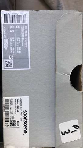 NIKE AIR FORCE 1 (SIZE 7)