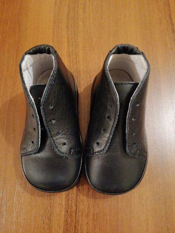 Италия. Фирменные кожаные ботиночки для малыша. 19р. Сумы - изображение 1