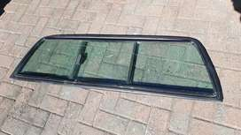 Isuzu KB rear sliding window