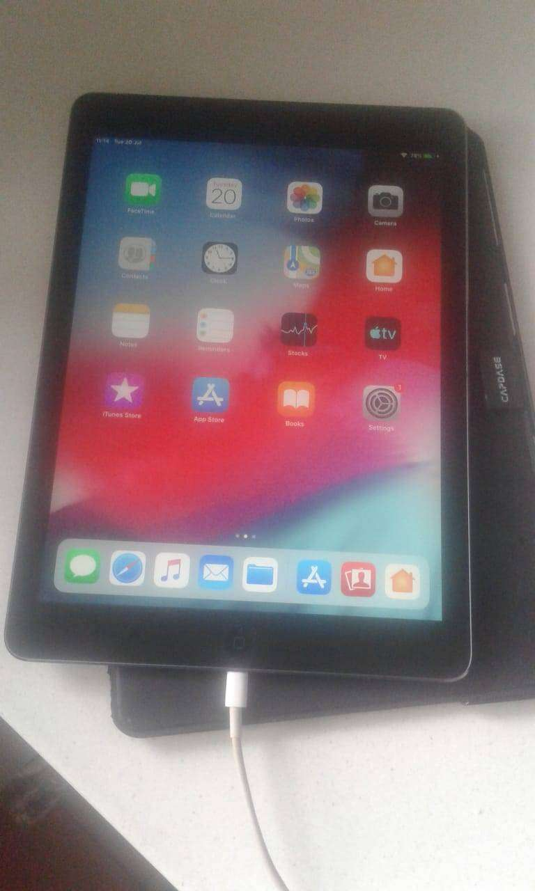 Apple iPad AIR 1ST Generation 64GB Wifi and Cellular