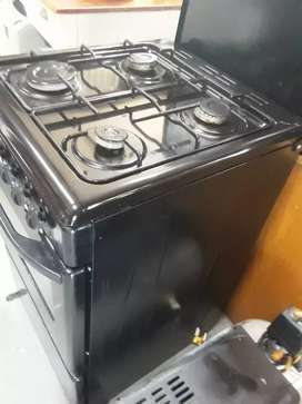 4 plate gas stove excellent condition defy