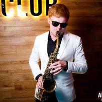 Саксофонист саксофон живая музыка на праздник
