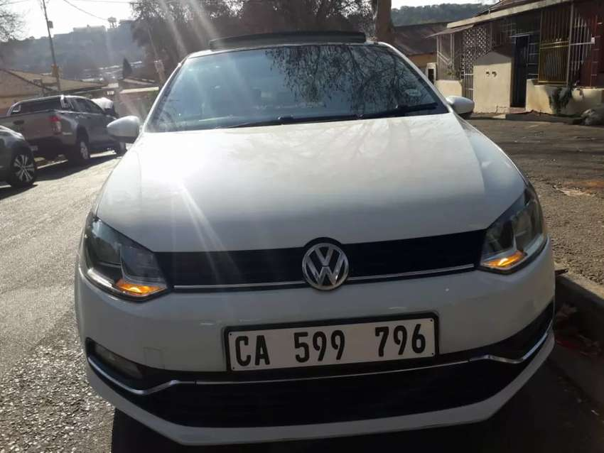 VOLKSWAGEN POLO TSI WITH PANAROMIC SUN ROOF IN EXCELLENT CONDITION