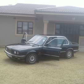 BMW e30 box shape