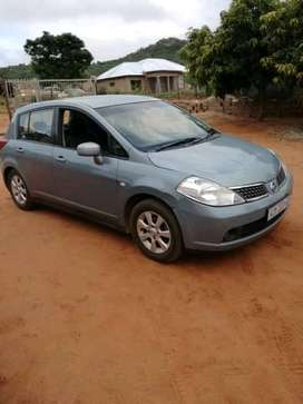 Ac, ps, cl,towbar, lady driver, this is 2007 nissan tiida 1.6 accenta.