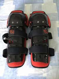 Image of Fox Knee Guards