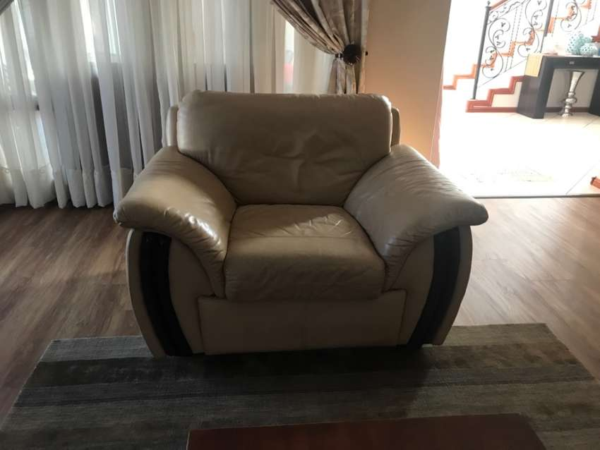 Genuine leather chair 0