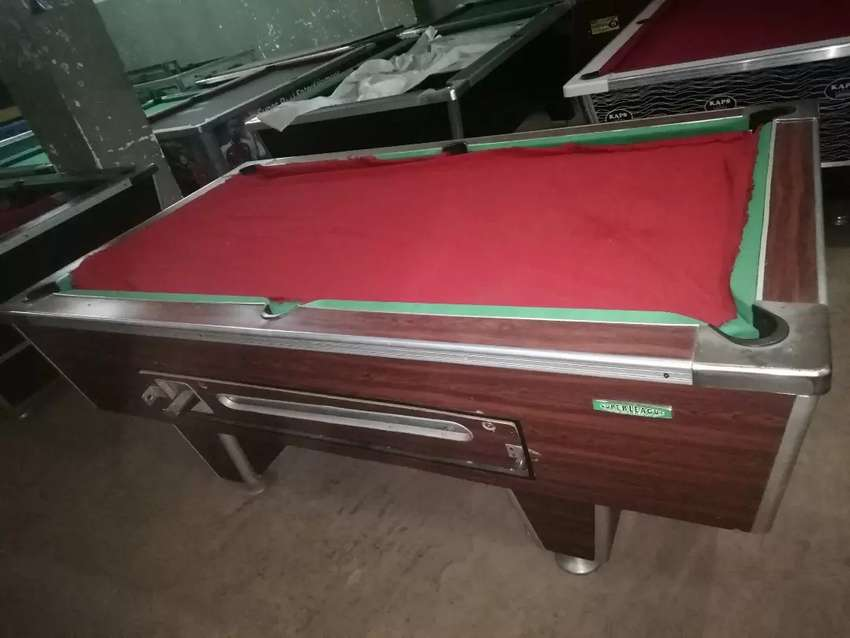 Second hand pool table super league 0