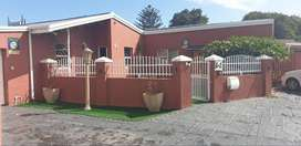 Granny flat to rent in Bothasig with its own private entrance