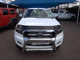 2016 white ford ranger extra cab 2.2 XL 4*2 Manual