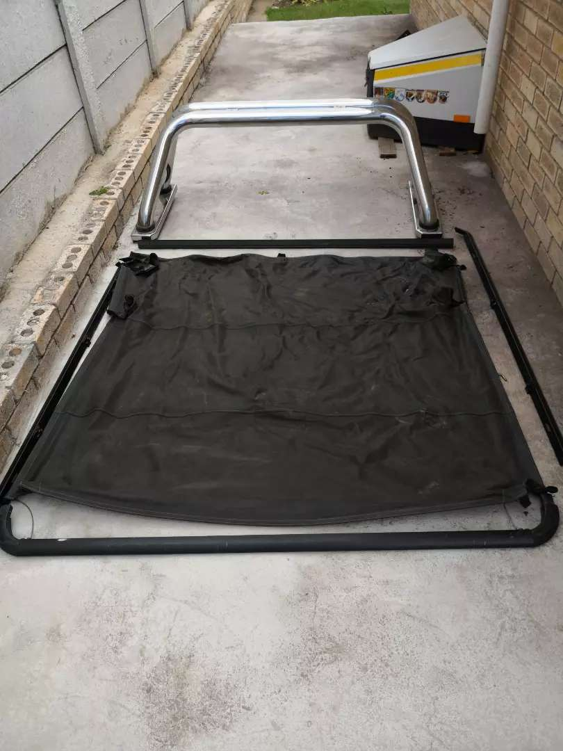 Ford Ranger D/C chrome rollbar and loadbin cover 0