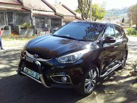 HYUNDAI IX35 WITH SUN ROOF IN EXCELLENT CONDITION