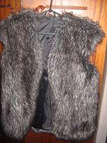 Продается меховая жилетка