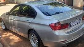 BMW 320i AUTOMATIC IN EXCELLENT CONDITION