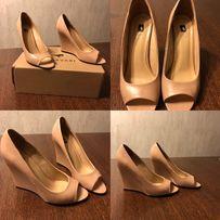 Продаються шкіряні туфлі L'Carvari