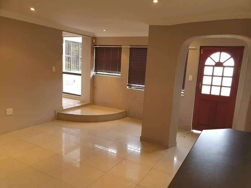 Stunning  2 bedroom apartment in the heart of Durban North 0