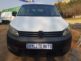 2014 VW Caddy 2.0 Tdi DIESEL with 7 seats