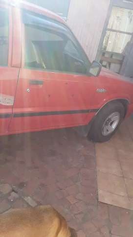 Ford courier 2,5 turbo diesel ,