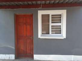Seperate entrance in Parow Valley to Rent  R 2,900