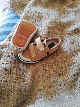 Kiddies shoes