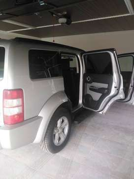 2010 Dodge Nitro for SALE. In GREAT condition