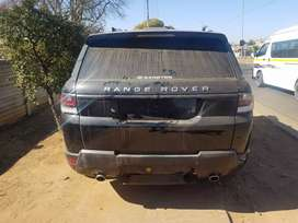 Range rover sport stripping for spares.