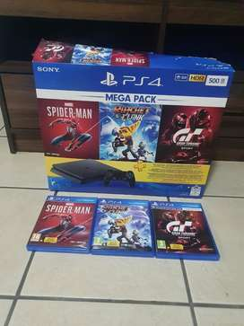 PS4 Slim 500GB 3 months old