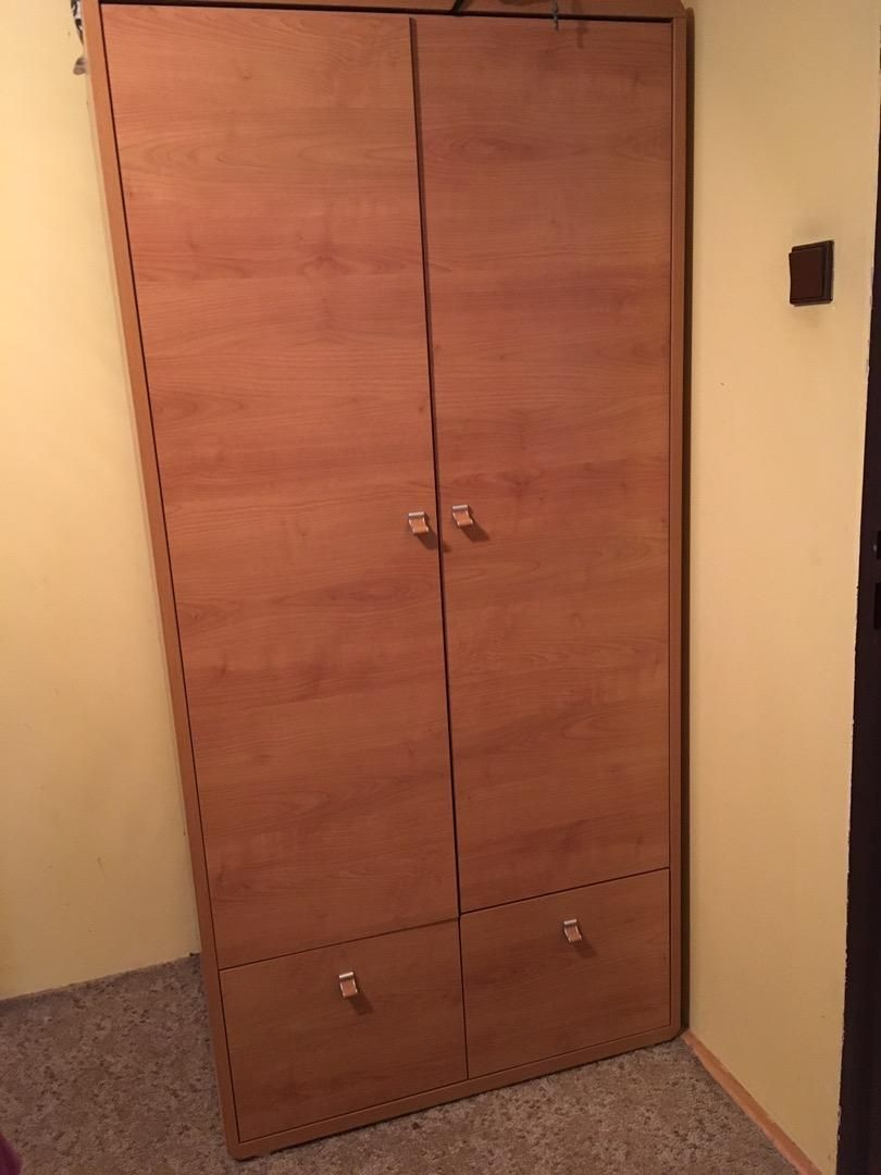 Skřín do ložnice 0
