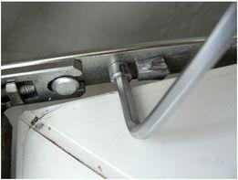Ремонт та регулювання металопластикових вікон і дверей !