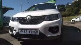 RENAULT KWID IN EXCELLENT CONDITION/SERVICE BOOK