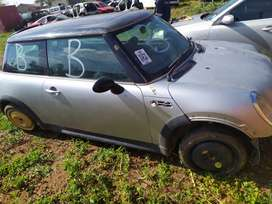 2003 MINI COOPER S COUPE STRIPPING AS SPARES