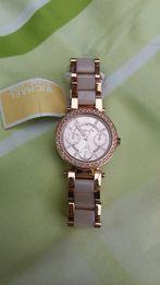 Продам женские часы Michael Kors