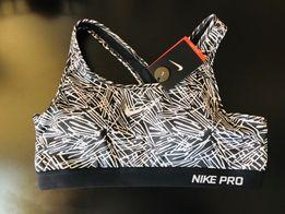 Топ спортивный Nike pro оригинал новый L