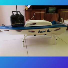Baite boat for sale
