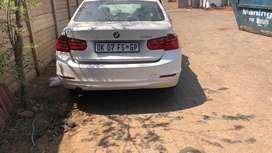 BMW F30 3 Series 316i stripping for spares