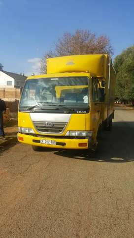 nissan Ud60 truck for sale in good condition