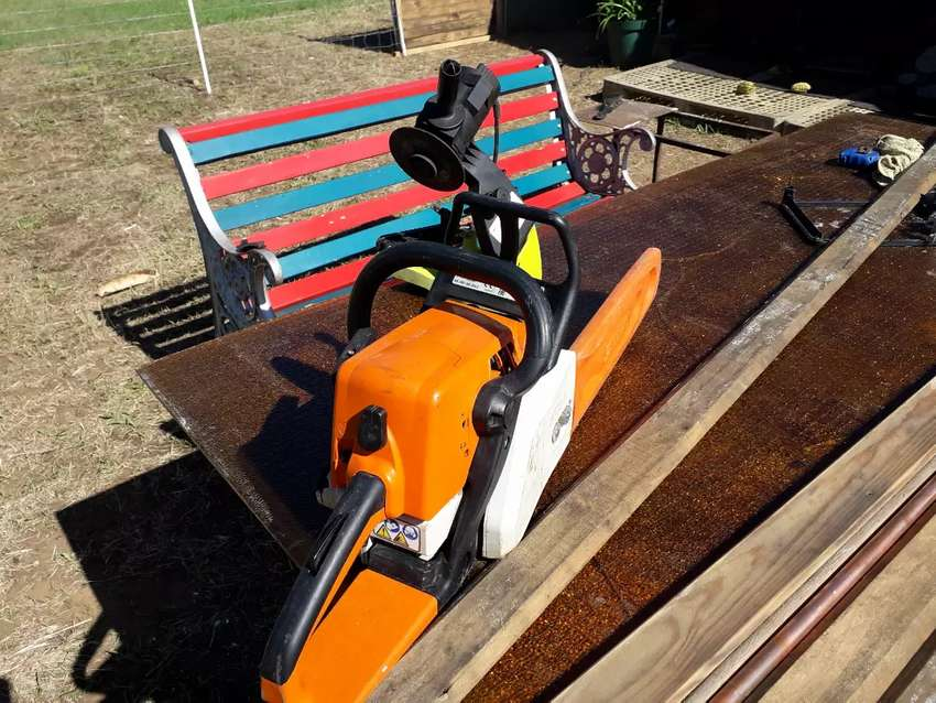 Chainsaw stihl ms 250
