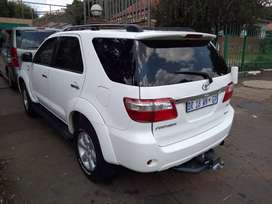 Toyota Fortuner 3.0D4D 4x4 SUV Automatic For Sale
