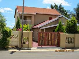 NEAT D/STORY FAMILY HOUSE FOR SALE IN BLOCK XX SOSHANGUVE