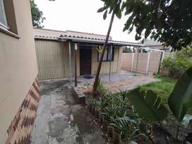 Separate entrance granny flat in Parow Valley