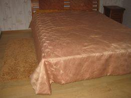 Покрывало на кровать 2.7 на 2.5.