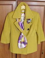 Красивое, стильное полупальто (пиджак) желтого цвета. Размер 46.